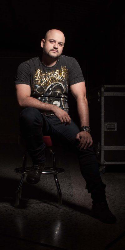 Dani Pereira - Guitarra, coros Showbiz